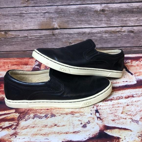 7c53ea4670 UGG Cas Women s Slip On Shoes. M 5ba5622a3c9844676a07114b